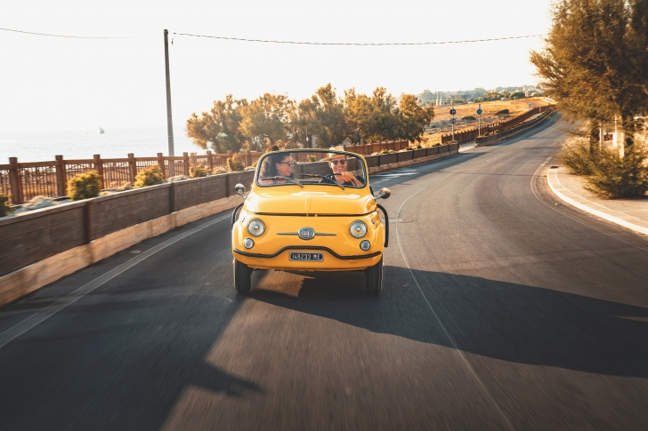 Insider Travel Report Hertz Debuts Snazzy Electric Fiat 500 For